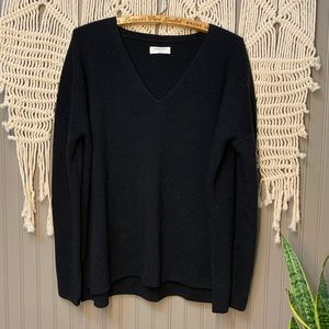 NWOT • Aritzia Babaton • 100% Merino Wool Sweater